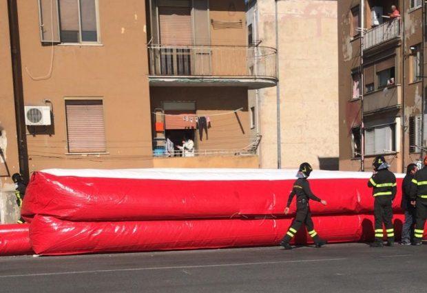 """Benevento Via Vitelli, donna minaccia di buttarsi dal 3° piano: """"non toglietemi la casa"""""""