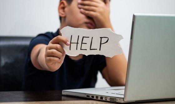"""Contro il cyberbullismo, al via domani il """"Safety day"""" con la diretta streaming di #cuoriconnessi"""