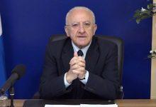 """De Luca: """"Senza misure nazionali, Campania fuori dalla zona gialla"""" . Sulla situazione politica: """"E il Ministero alle Galassie?"""""""
