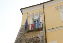 Benevento| Giornata nazionale in memoria delle vittime del Covid-19, bandiere a mezz'asta alla Provincia