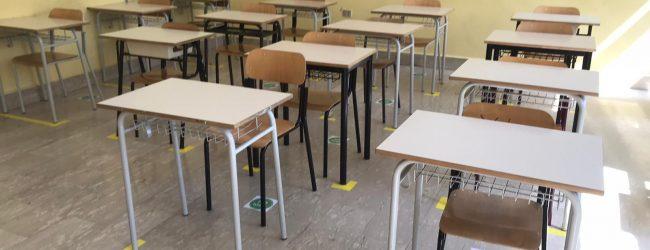 Scuola, Tar Campania respinge istanze cautelari contro chiusura