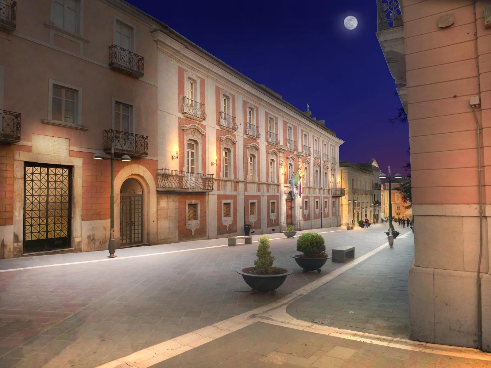 """Una nuova luce alla via Magistrale della Città, Mastella: """"Benevento sarà orgogliosa di quest'opera"""""""