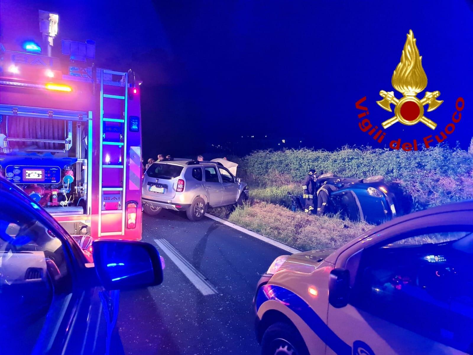 Montoro| Incidente tra 2 auto sul raccordo Av-Sa, 3 contusi