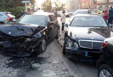 Incidente stradale in via Flora, un ferito