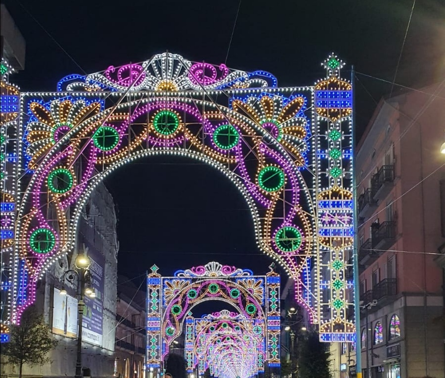 Avellino| Cartellone degli eventi estivi: in città luminarie, fuochi e spazio agli artisti locali