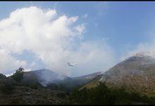 Cusano Mutri, brucia ancora la montagna Calvarusio