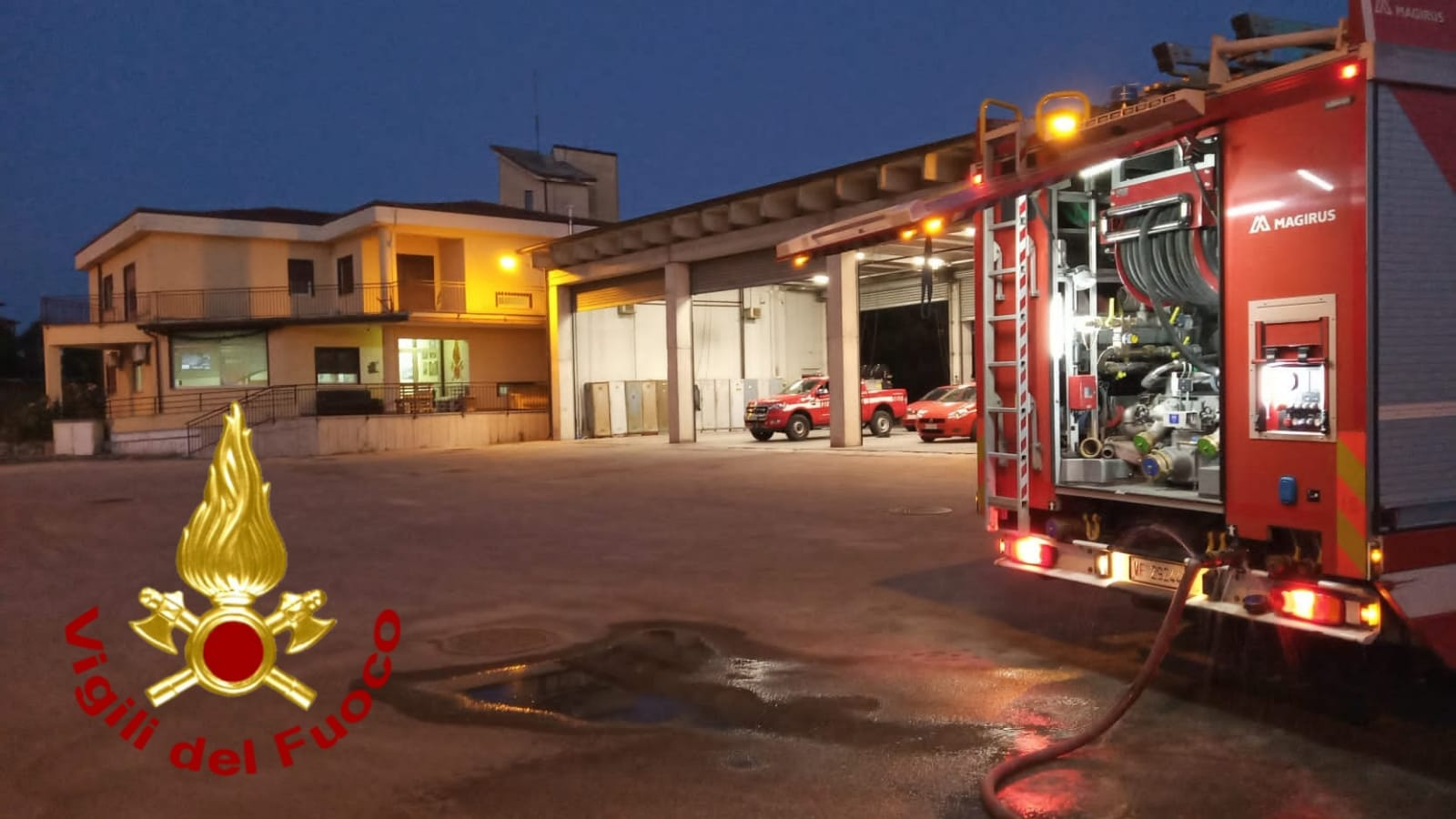 Grottaminarda|A fuoco auto, pulmino e ciclomotore. Indagine dei CC