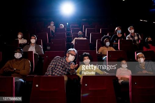Teatri, cinema, stadi e palazzetti: ok Cts ad aumenti capienze