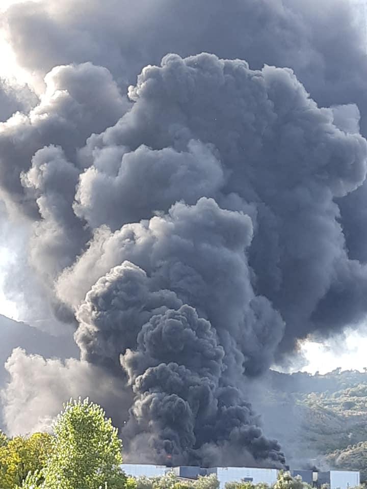 Incendio Airola, monitoraggio dell'Arpac: nei prossimi giorni campionamento dei suoli